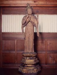 Statue Nyôirin Kannon
